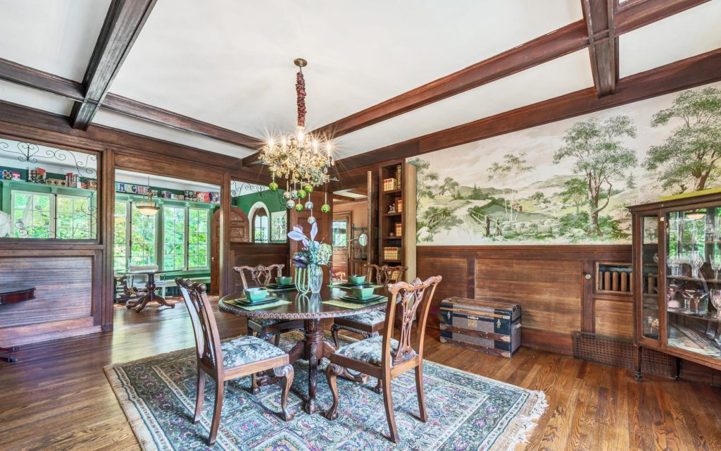 Dining Room at Hudson Valley Mansion